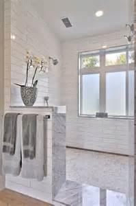 shower door half wall 25 best ideas about half wall shower on
