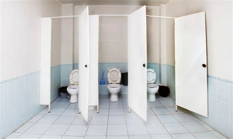 highschool bathroom sex 世界のトイレ個室事情 実は中で驚くべきことが行われていたとリサーチで判明 spotlight スポットライト
