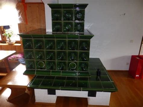 kacheln kaufen kachelofen kacheln klassisch in gr 252 n in sch 246 nbrunn 214 fen