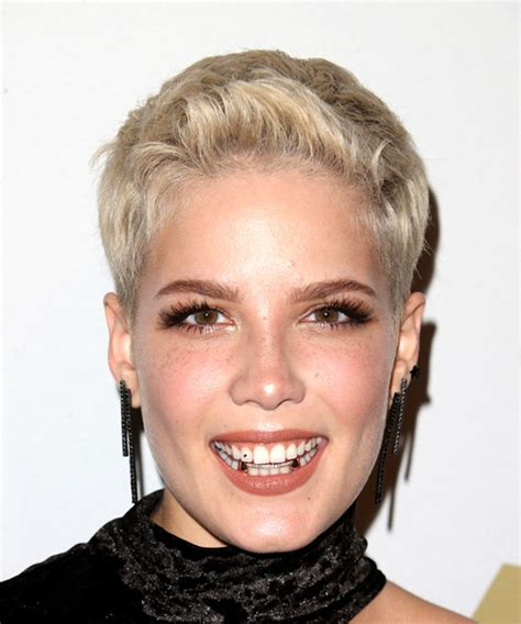hair styles from singers halsey short straight casual pixie hairstyle light blonde