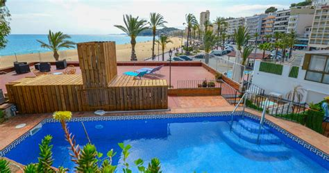 Incroyable Location Villa Costa Brava Avec Piscine Privee #2: villa-lloret-costa-brava.jpg
