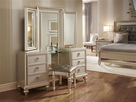 Bassett Bedroom Furniture 3 Pc Diva Vanity Dresser W Stool In Platinum Finish By