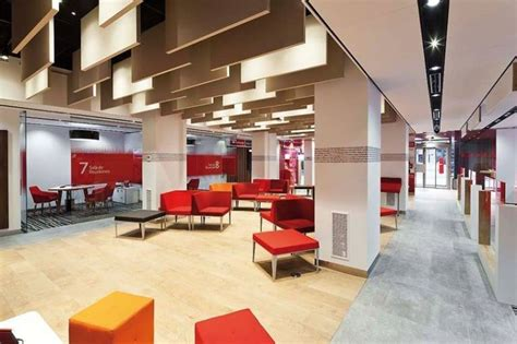 banco santander oficinas madrid horario banco santander abre desde este lunes 500 oficinas por la