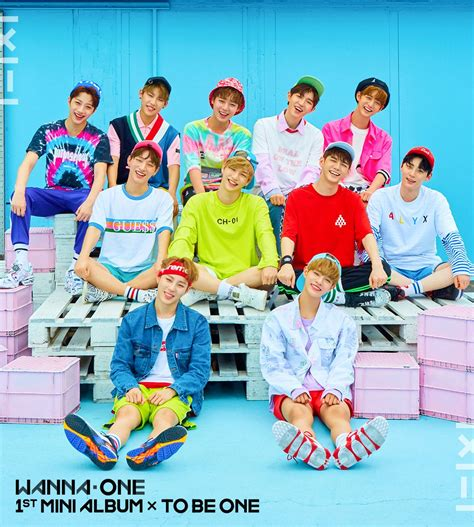 Wanna One 1st Mini Album To Be One Pink Ver Sky Ver wanna one on quot wanna one 1st mini album cover pink ver 워너원의 데뷔 앨범 1x1 1 to be one