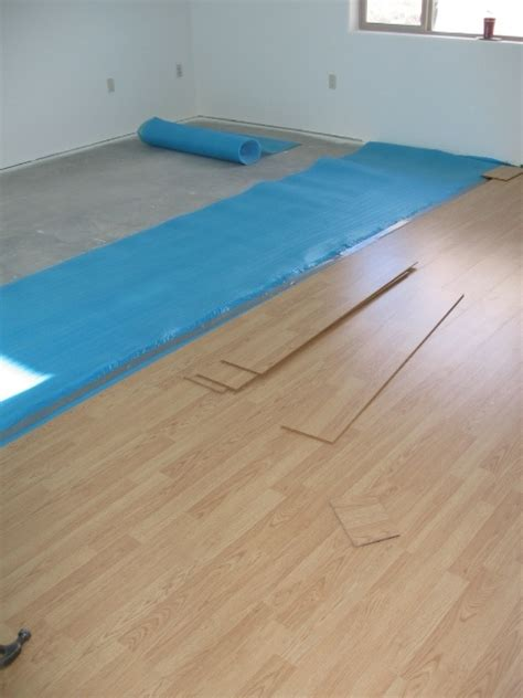 moisture barrier for laminate flooring lowes image mag