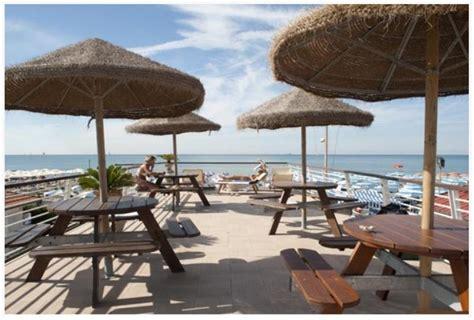 bagno delfino sunbrellaweb l ombrellone si prenota sul portale