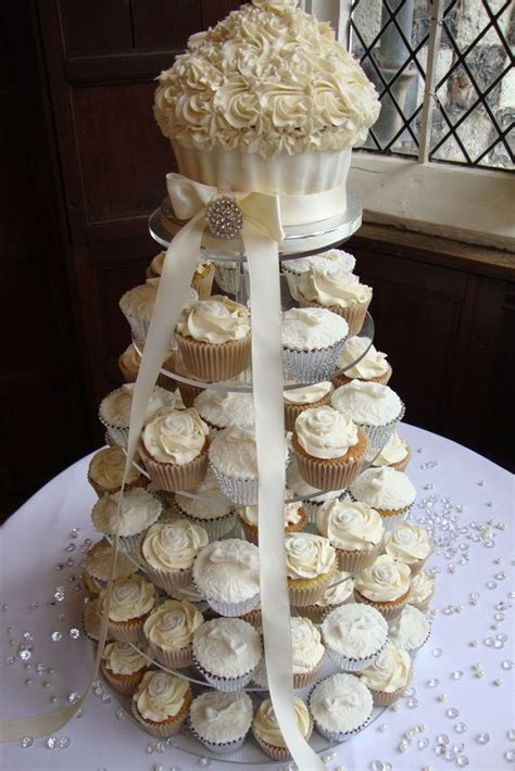 Wedding Cake With Cupcakes by 25 Best Ideas About Cupcake Wedding Cakes On