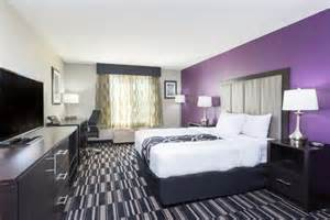 newly renovated guest room picture of la quinta inn