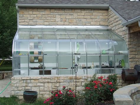 Greenhouse Garage by Garage And Greenhouse 2006