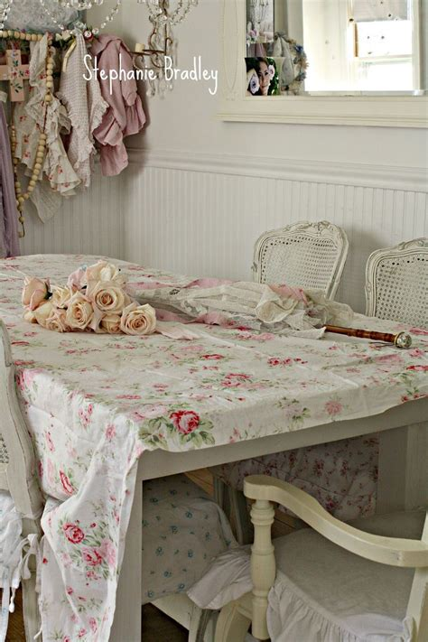 Kronleuchter Shabby Chic by 25 Best Ideas About Shabby Chic Dining On