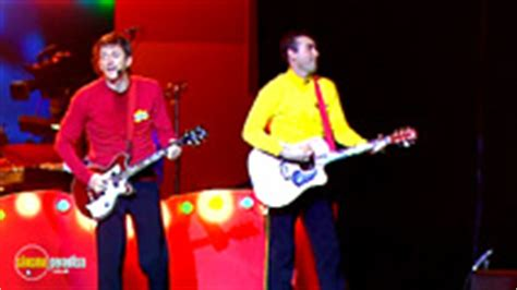 rent the wiggles: live hot potatoes (2004) film
