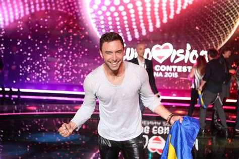 contest for 2015 heroes m 229 ns zelmerl 246 w wins the 2015 eurovision song