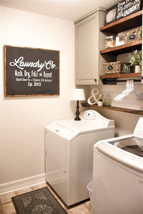 farmhouse style laundry room makeover
