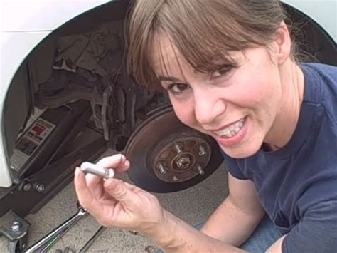 how to replace a wheel stud on a 2003 honda accord youtube