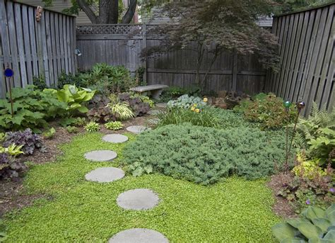 backyard stepping stones diy stepping stones small backyard ideas 9 ideas to