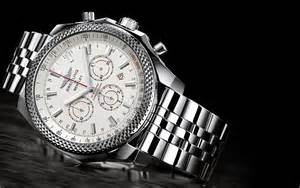 Breitling Bentley Barnato Meet The New Bentley Bernato Racing Cronograph By