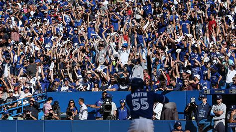 psychology of sports fans the science and psychology of the wave macleans ca