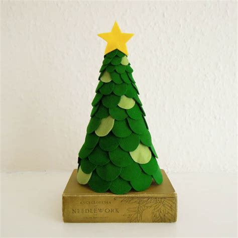 12 cutest diy felt christmas trees to make shelterness