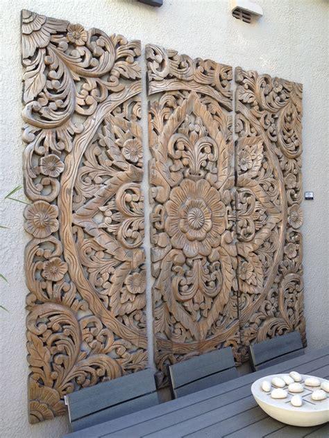 love  balinese wood carvings    great