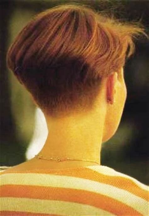 cropped hairstyles with wisps in the nape of the neck for women hairxstatic short back cropped gallery 1 of 3 short
