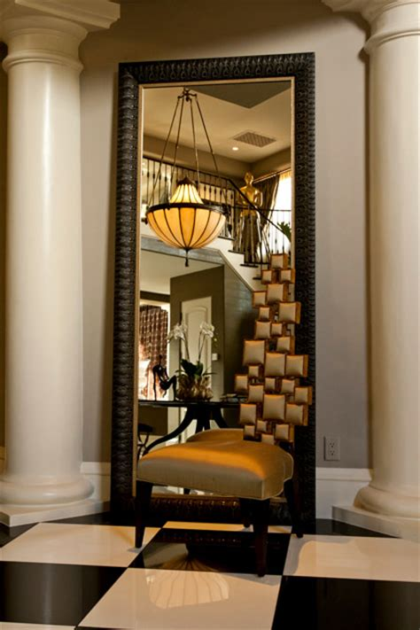 amazing Powder Room Decor Ideas #5: interior-design-of-keeping-up-with-kardashians-4.jpg