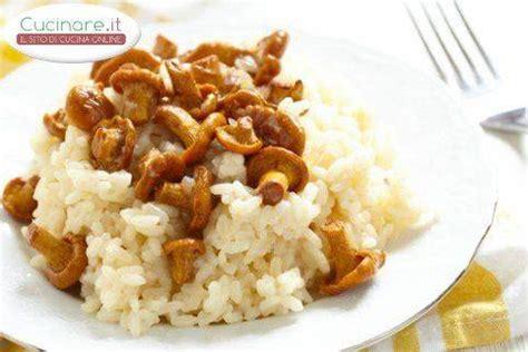 cucinare funghi finferli risotto ai finferli cucinare it
