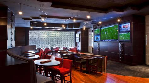 top sports bars in dallas dallas sports bars draft sports bar lounge best downtown dallas nightlife