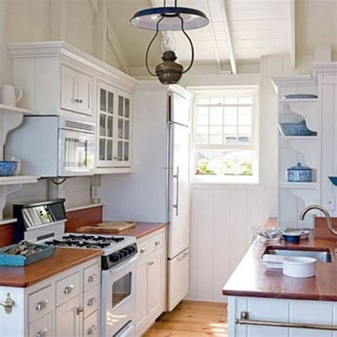Country Galley Kitchen Designs 17 Best Ideas About Small Galley Kitchens On