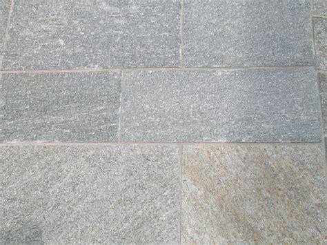 pavimenti pietra di luserna pavimenti in pietra di luserna cava bettoni
