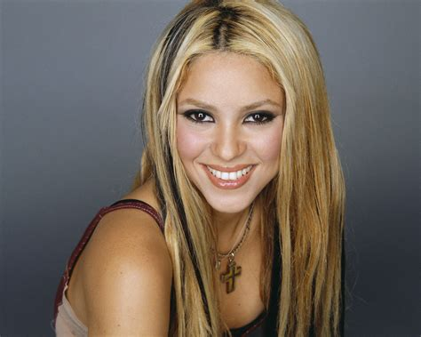 biography shakira image gallery shakira nationality