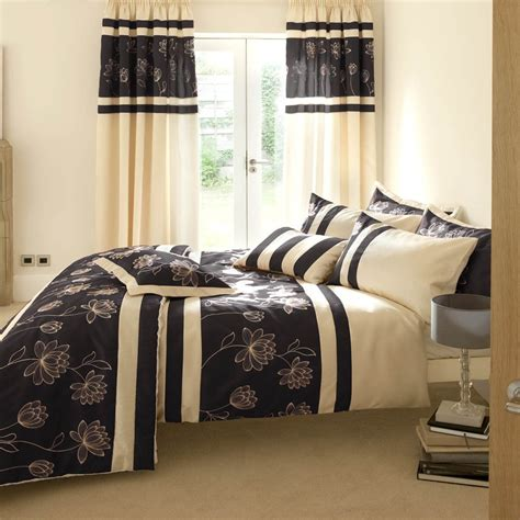 give a unique look to home with bedroom curtains homedee