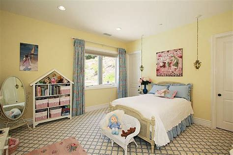 girls bedroom yellow more beautiuful girls bedroom decorating ideas