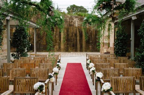 Top 5 Sydney Wedding Venues with Invitations to Match
