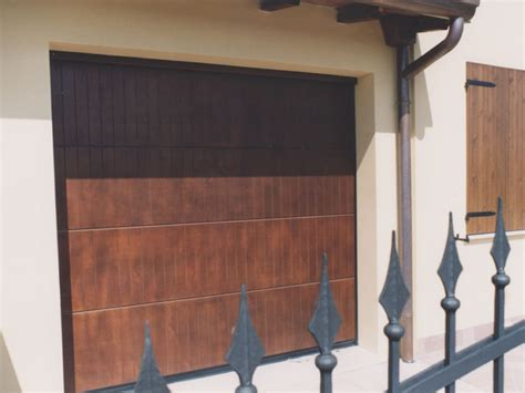 portone sezionale breda portone sezionale in legno breda wood line polis