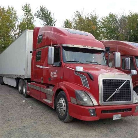 2008 volvo semi volvo 780 2008 sleeper semi trucks