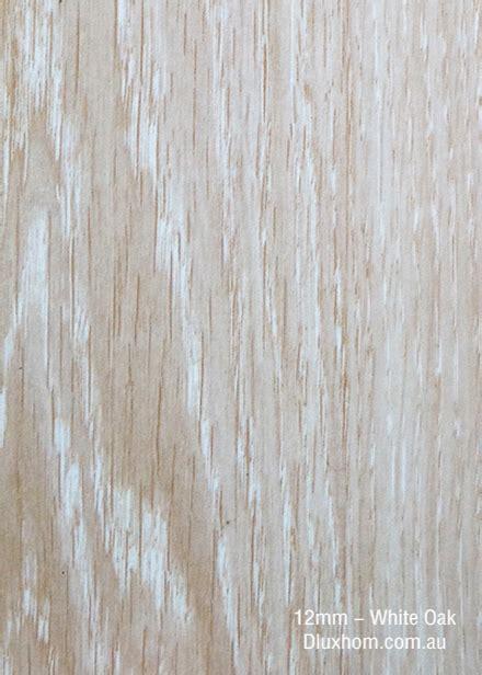 Laminate Floor 12 mm   DluxHom