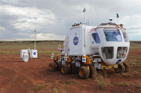 students  participate  nasas lunar field test activities