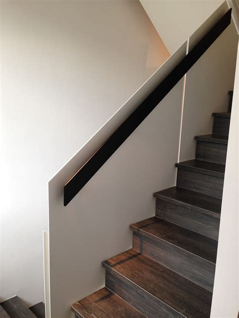 marche lade design courante escalier en acier