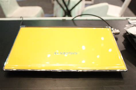 laptop gaming canggih gigabyte ultrablade p25 nongol di jakarta show 2013