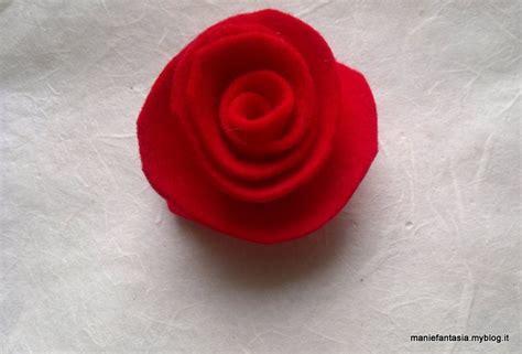 fiori di pannolenci come farli di pannolenci tutorial metodo 1 manifantasia