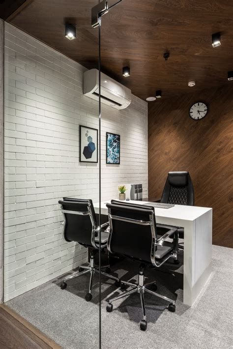 office design  bold  spirited composition office