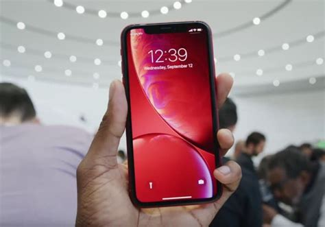 Iphone Xr 0 Upfront by Iphone Xr Pre Orders Coming To Sky Mobile Tomorrow Geeky Gadgets