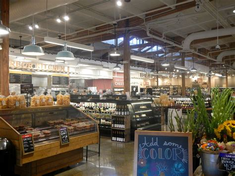 introducing main vine a new grocery store in gig harbor