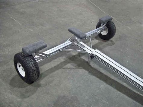 small boat dolly do you have any problems with the wheels bending out