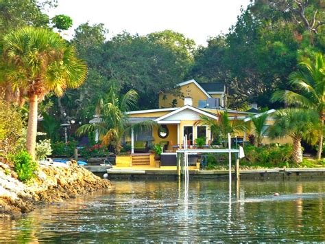 Unique Waterfront 4br 3ba W Heated Homeaway Siesta Key Siesta Key House Rentals On The