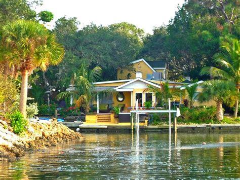 home away cottages siesta key unique waterfront 4br 3ba w heated homeaway siesta key