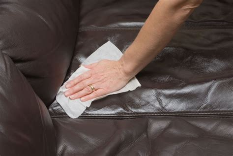 clean a leather couch how to clean a leather couch