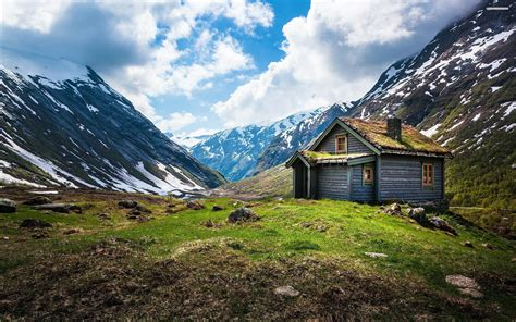 Images Of Cabins In The Mountains by Small Cabin In The Mountain Valley Wallpaper