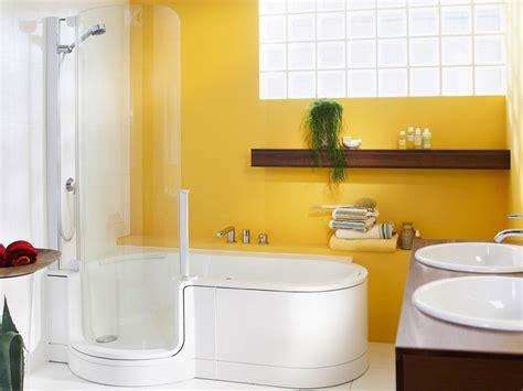 baignoire arrondie baignoire combin 233 e 224 une avec porte 1 place 180cm