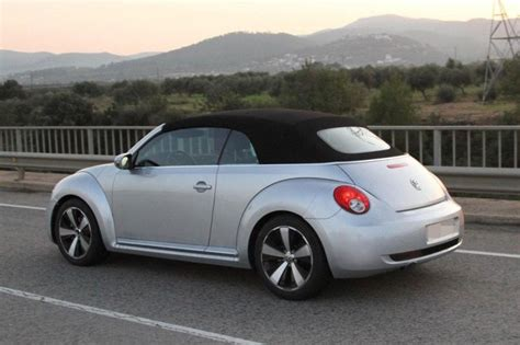 mini volkswagen beetle volkswagen beetle and the mini cooper comparison turbozens